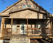 1105 SW Clay St, Topeka, KS