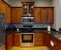 Kitchen, 252 Stetson St