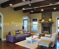 Living Room, 104 Bryan Pond Ln