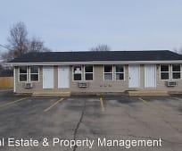 2707 Pine St, 61554, IL