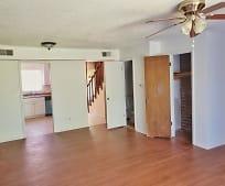 1425 E 6th St, Pratt, KS