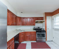 Kitchen, 2342 W Greenleaf Ave