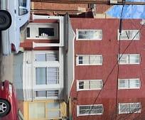 Building, 218 W Martin St