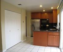 Kitchen, 410 Don Carlos Ct