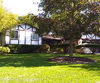 3230 Rolling Green Cir S, Rochester Hills, MI