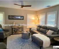 Living Room, 15 Suncatcher Pl