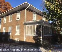 Building, 606 E Washington St