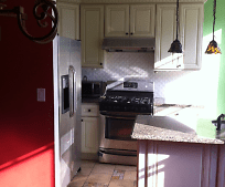 Kitchen, 4 Park Ave
