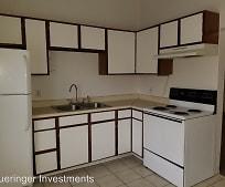 Kitchen, 214 S 7th St