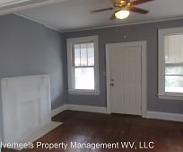 2015 19th St, South Parkersburg, WV
