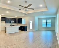 2409 Rooster Ln, Northlake, TX