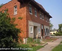 821 Niedringhaus Ave, Granite City, IL
