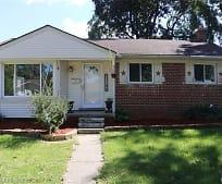 31500 Lyons Cir E, Agnes E Beer Middle School, Warren, MI