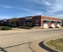 5900 Saratoga Rd 11, Roosevelt Middle School, Dubuque, IA