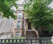 Building, 800 W Wellington Ave