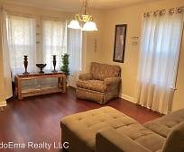 Living Room, 31 Deer Park