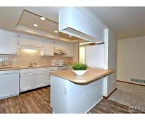 Kitchen, 403 S 8th St