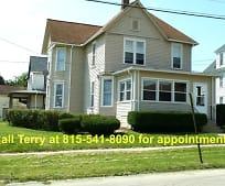 120 S Cherry Ave, Freeport, IL