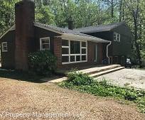 51 Redwood Lodge Ln, Waynesboro, VA