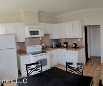 Kitchen, 32 Shelby St
