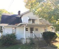 Building, 136 N 4th St