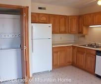 101 W 10th St, Mountain Home, AR