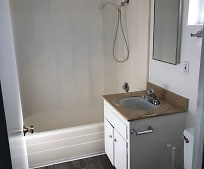 Bathroom, 2702 Florida St