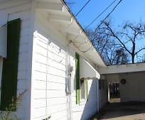 Building, 204 Magnolia St