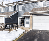 1810 Donegal Dr, Woodbury, MN