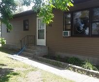 821 Wisconsin Ave, Fergus Falls, MN