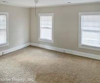 Living Room, 802 St David St