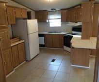 Kitchen, 139 Willow Oak Ln