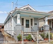 Building, 8633 Apple St