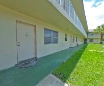 2301 SE 4th St, Ocean Ridge, FL