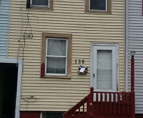 Building, 120 E Trenton Ave