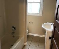 Bathroom, 621 Walnut Rd SW
