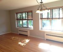 Living Room, 2766 Hampton Pkwy