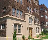 Building, 12471 Cedar Rd