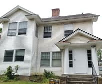 1462 Maple Rd, Cleveland Heights, OH
