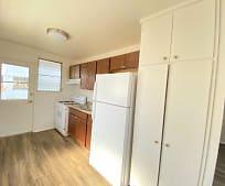 Kitchen, 2823 Winam Ave