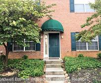 Building, 10428 Victoria Dr