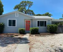 1521 Gray St S, Gulfport, FL
