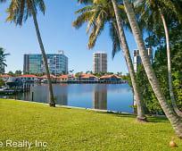 319 Pirates Bight, Park Shore, Naples, FL