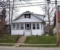 1810 Sunnyside Ave, Monmouth, IL