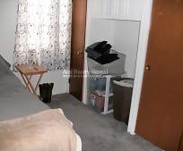 Bedroom, 7 Karen Cir
