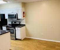Living Room, 105 Jennifer Ln