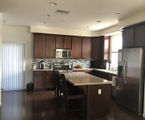556 S 22nd St, Florence, CA