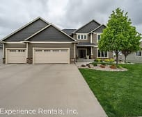 901 S 5th Ave, Beaver Creek, MN