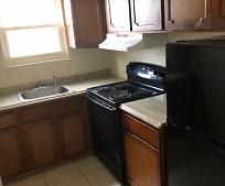 Kitchen, 1579 Hamilton Ave