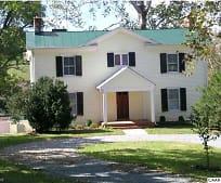 860 Hammocks Gap Rd, Gordonsville, VA